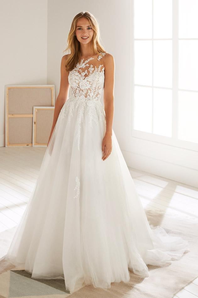 Abiti Da Sposa White One Prezzi.White One 2020 Moda Sposi Atelier Abiti Sposa